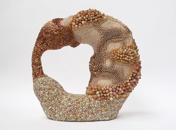 Angelika Arendt - shapeless clay sculpture
