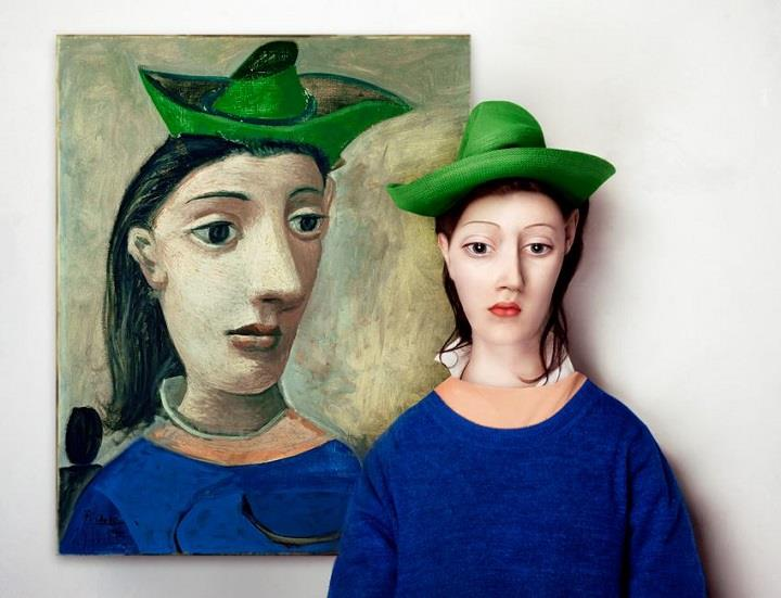 Flora Borsi - green hat