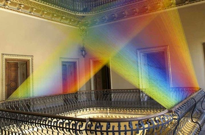 Gabriel Dawe - Rainbow Thread Installations