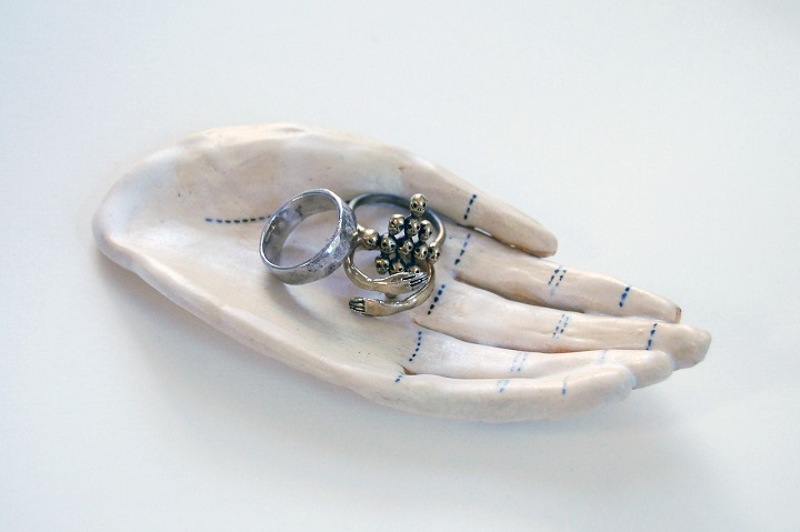 Kaye Blegvad - Symbolism in Datter Jewelry