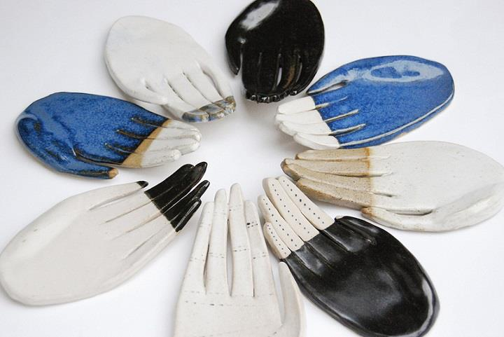 Kaye Blegvad - ceramic hands