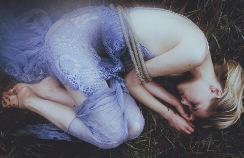 Laura Makabresku - Fascinated by Death