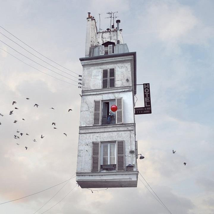 Laurent Chehere - flying hotel