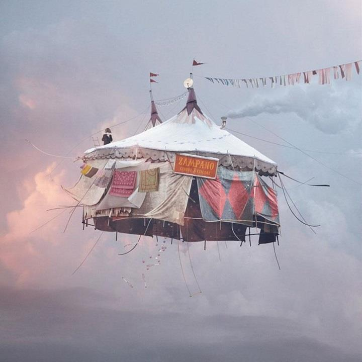 Laurent Chehere - moving circus