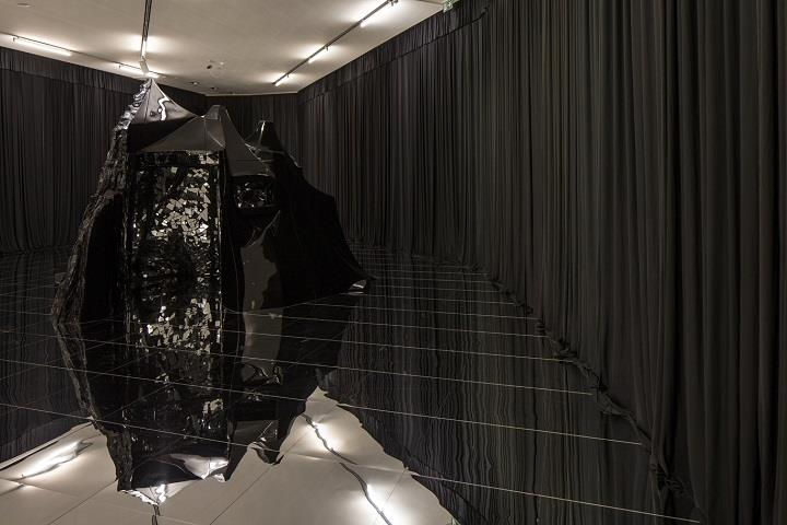 Lee Bul - installation art