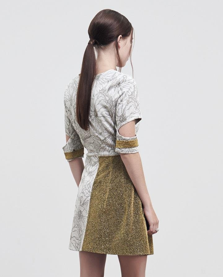 Pitchouguina - floral gold back