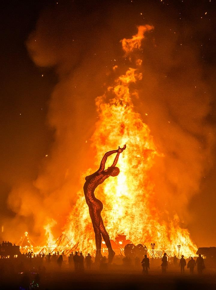Trey Ratcliff - burning man last night