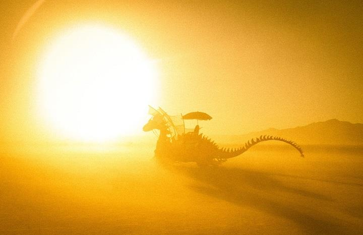 Trey Ratcliff - dragon at burning man